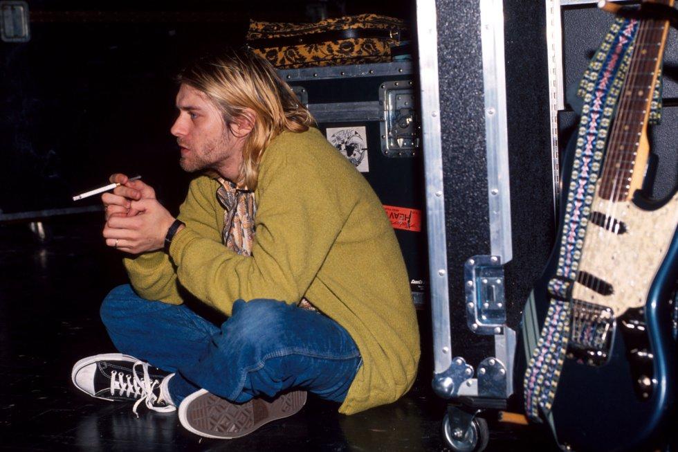 Kurt odiaba la fama, se sentía culpable de alejar a las personas que desde hace años seguían a Nirvana. Odiaba todas las historias exageradas que los demás contaban de él.
