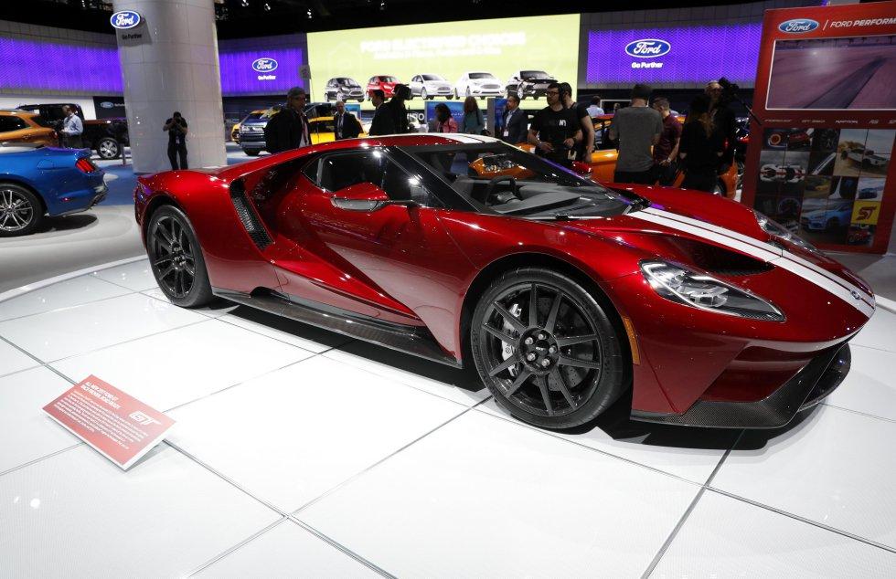 Modelo GT del fabricante de automóviles estadounidense Ford.