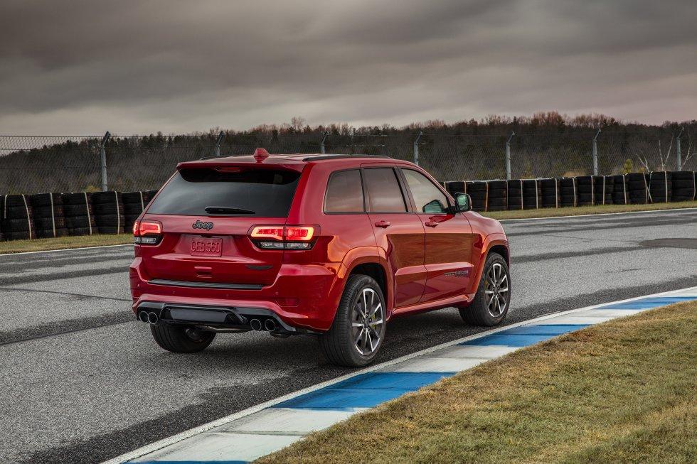 """Jeep empezará a comercializar a finales de 2017, una nueva versión del modelo Grand Cherokee """"Trackhawk"""", que ha sido  calificado como el todoterreno """"más potente y rápido del mundo""""."""