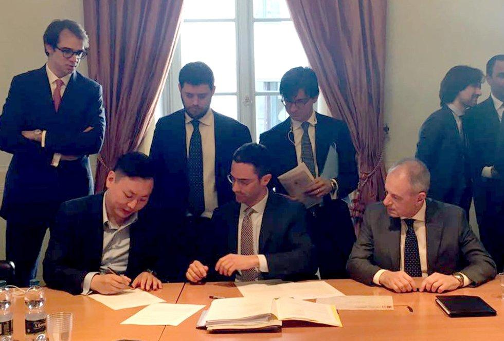 El chino David Han Li será nuevo representante del Milan, y responsable de llevarlo a los puestos de gloria.