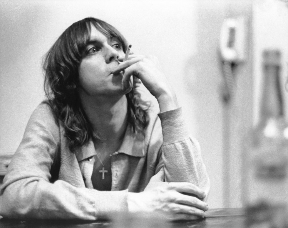 """En 1967 se integró con la banda de rock """"The Stooges"""", la cual enmarcaría una nueva oleada del movimiento Punk."""