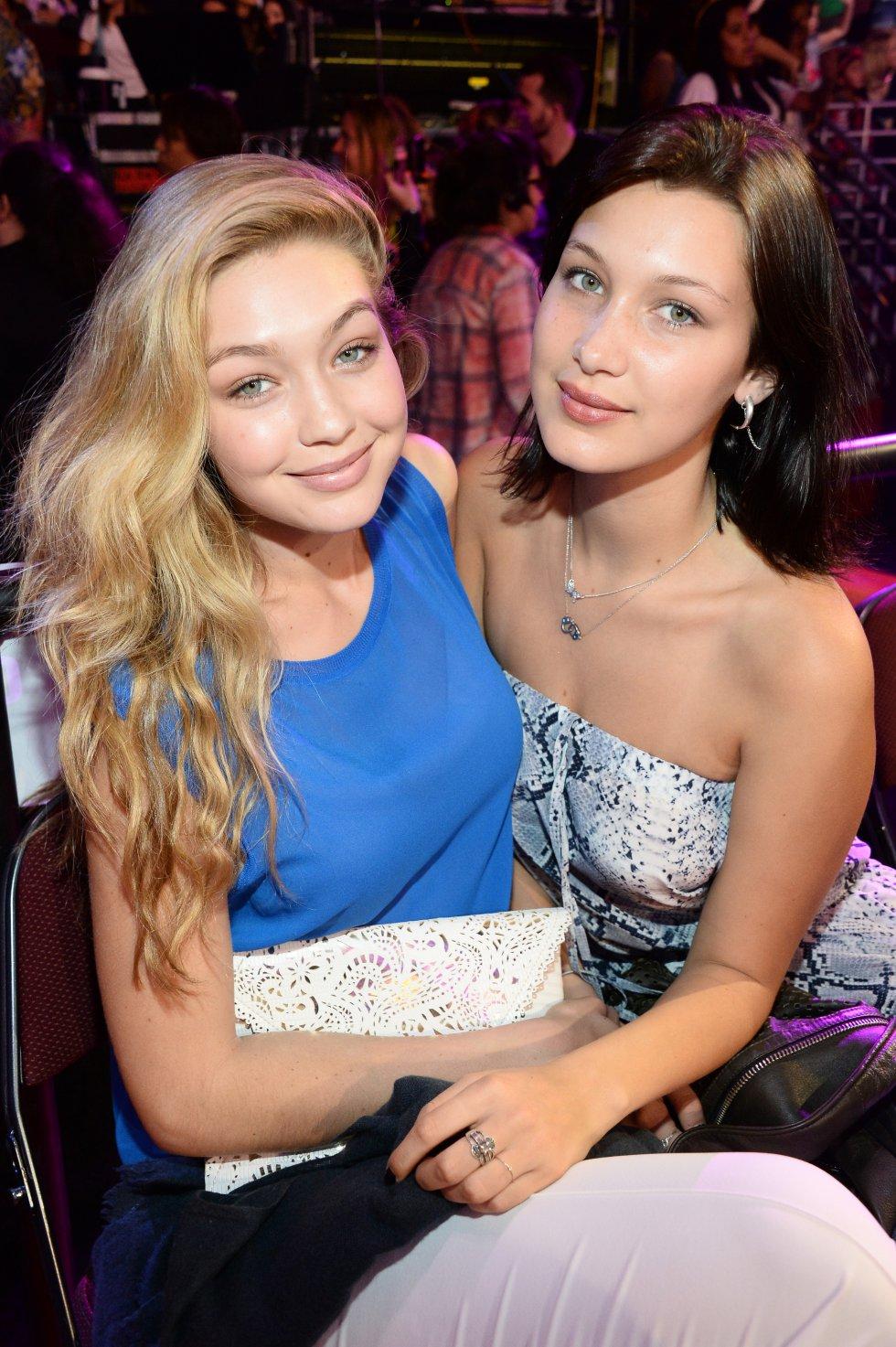 Puede que la guapa modelo Bella Hadid tenga tan solo 20 años, pero ya ha conseguido labrarse un nombre en el mundo de la moda en un tiempo récord, siguiendo los pasos de su hermana Gigi.