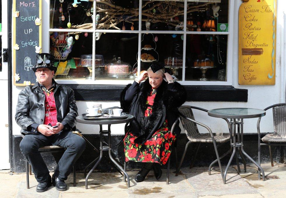 """""""Whitby Goth Weekend"""" es un festival de música alternativo celebrado en Whitby, Gran Bretaña."""