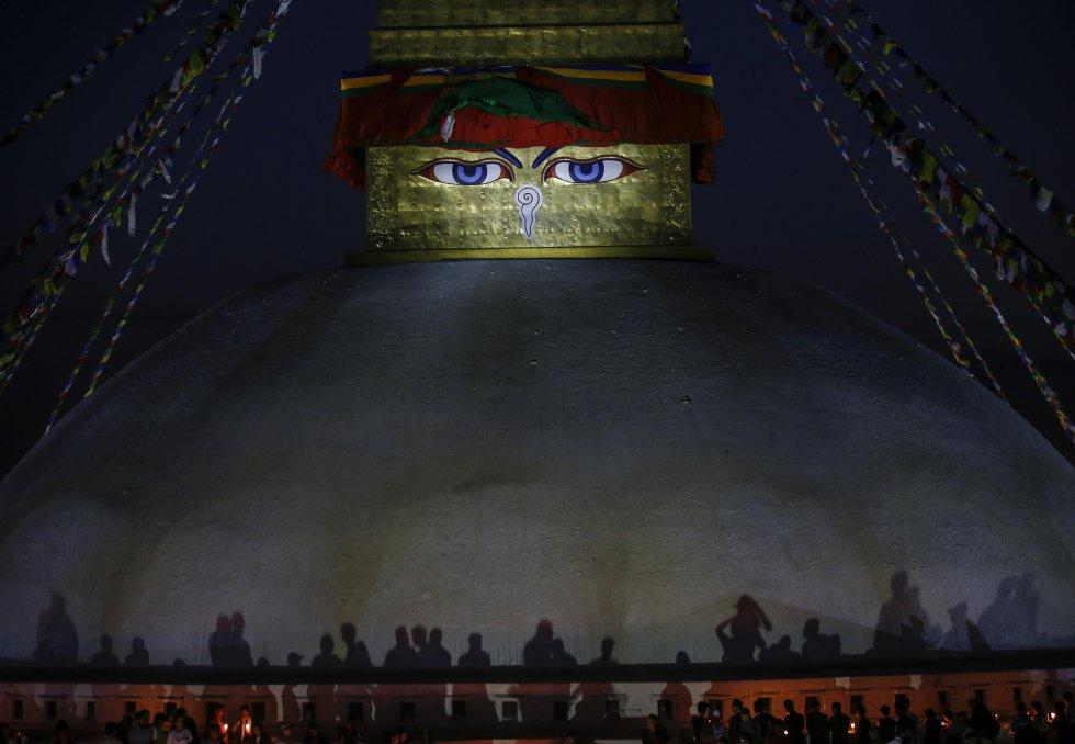Nepal conmemoró el segundo aniversario del terremoto que causó más de 9.000 muertos y miles de millones de dólares en pérdidas.