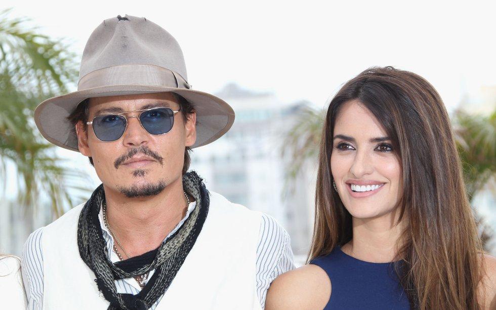"""Son grandes amigos con el actor Johnny Deep, con el que más tarde protagonizarían """"Piratas del Caribe: Navegando Aguas Misteriosas""""."""