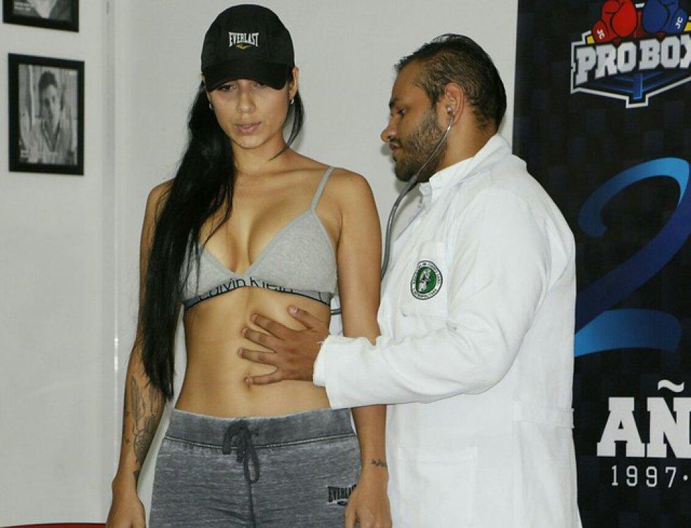 Su atractivo físico ha sido un gancho para que la mayoría de personas estén entusiasmadas con el boxeo.