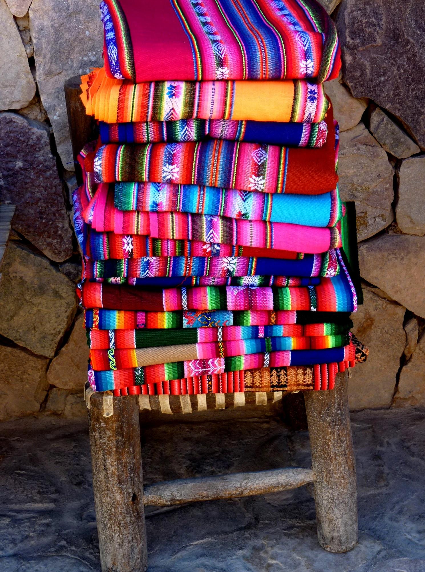Unos coloridos aguayos en las calles de la localidad de Humahuaca en Jujuy, son los que captó con su lente Bettina Chiarani y con los que quisimos abrir nuestra galería de los lectores de esta semana.