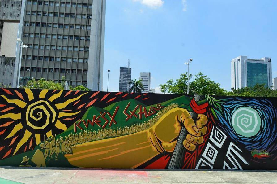Y con este mural de la bienal de muralismo en Cali enviado por Daniela Marcel despedimos el desafío de esta semana, Lienzos. No te olvides de mandarnos desde ya tus fotos para el próximo desafío: MANCHAS.