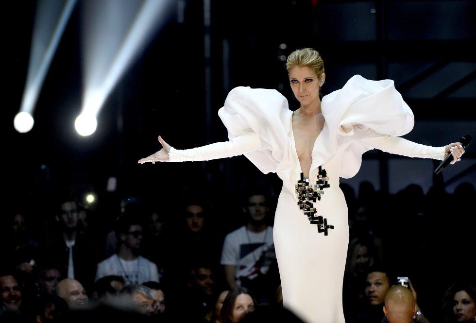"""Celine Dion canta """"My Heart will Go On"""" en la ceremonia de los Premios Billboard"""