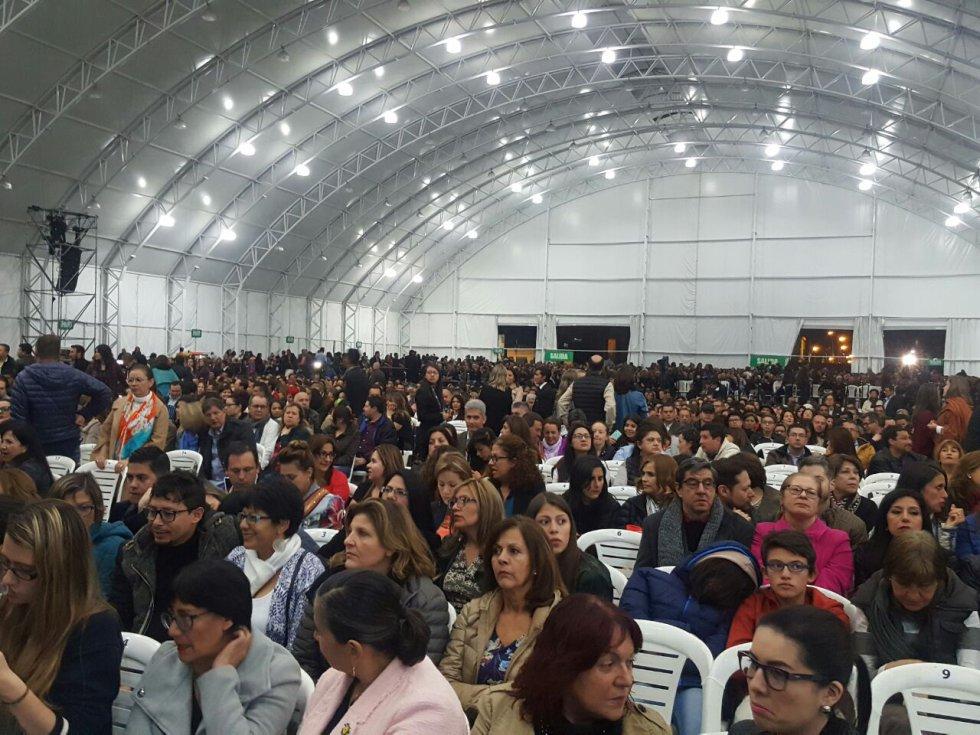 Los oyentes de Caracol Radio nos muestran los mejores momentos del evento con el hashtag #ConciertoBosé.