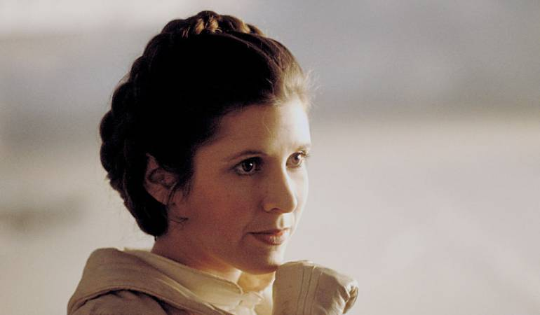 Carrie Fisher interpretando a la Princesa Leia en Star Wars