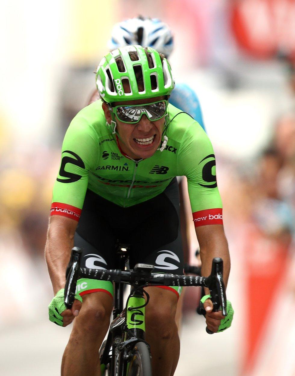 Rigoberto Urán fue el gran ganador de la etapa 9 del Tour de Francia, después de una fuerte competencia con el francés Warren Barguil.