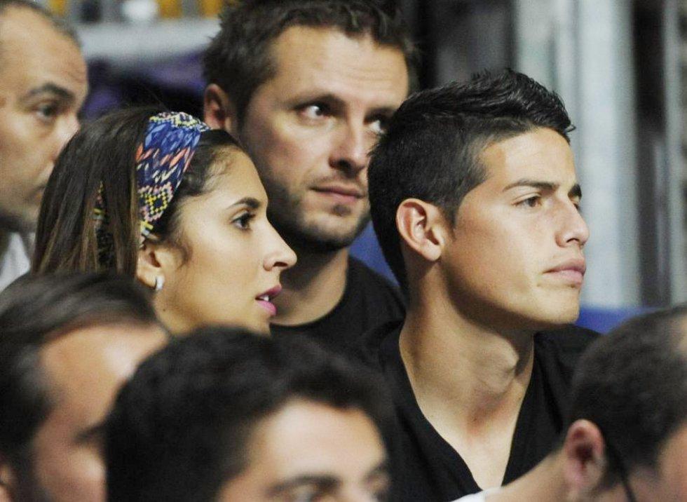 James Rodriguez y Daniela Ospina asisten a un juego de Baloncesto entre Estados Unidos vs Serbia; correspondía al campeonato mundial FIBA 2014.