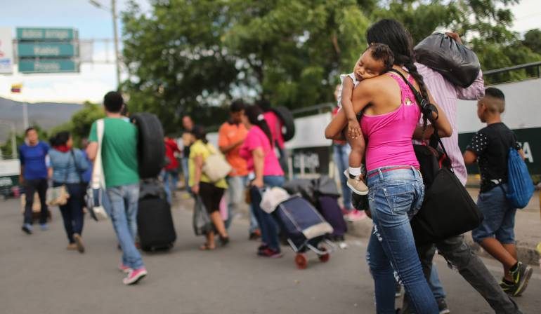 Resultado de imagen para venezolanos en colombia