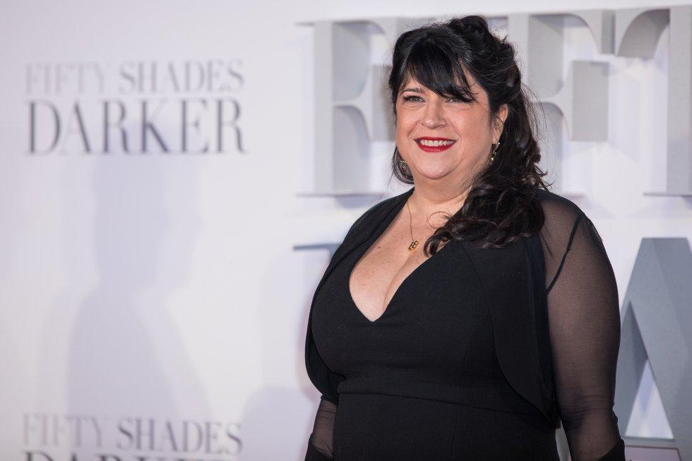 """La escritora de la saga """"50 sombras de Grey"""" generó ingresos por 11,5 millones de dólares."""