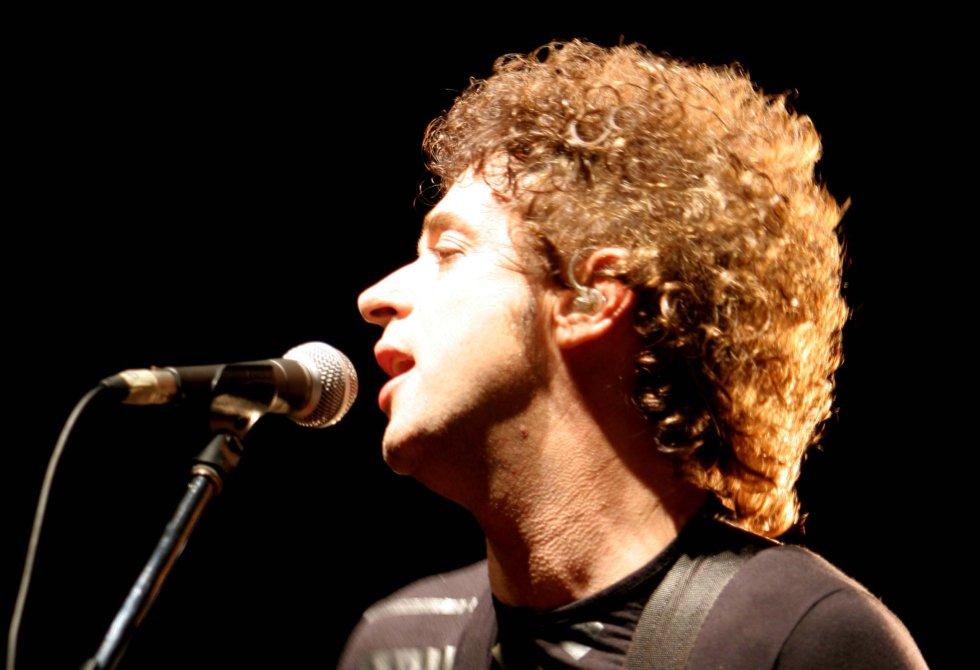 Gustavo Adrián Cerati, pionero y leyenda del rock latinoamericano.