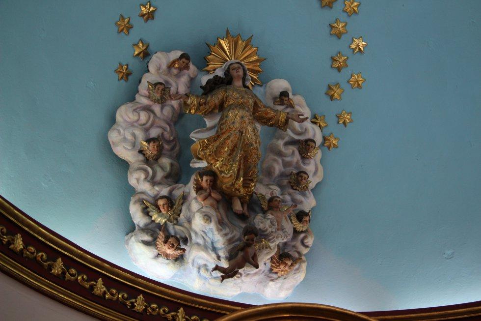De los primeros actos que realizará el papa Francisco a su llegada a la casa de la Nunciatura será una ofrenda floral a la virgen María.