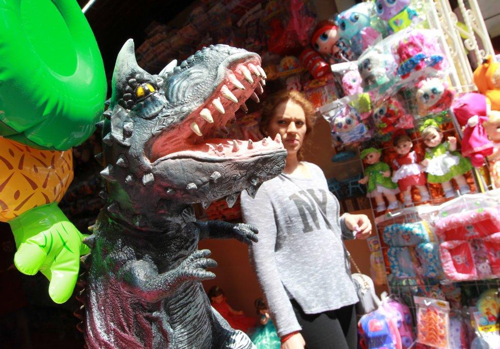 "Extras explican que nunca les han mostrado la propia imagen de ""Godzilla"""
