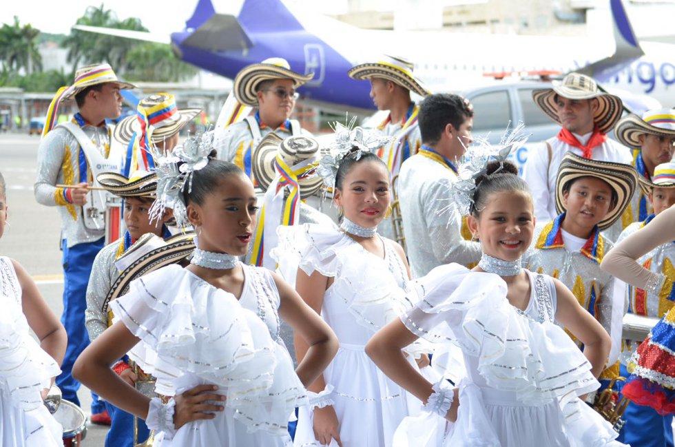 """El baile de """"La pollera colorá"""" fue uno de los actos de los que disfrutó el sumo pontífice."""