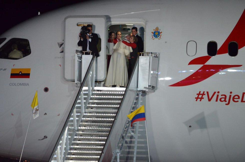 Colombia le agradece al papa Francisco por cada uno de sus mensajes y con un abrazo se despidió del pueblo nacional.