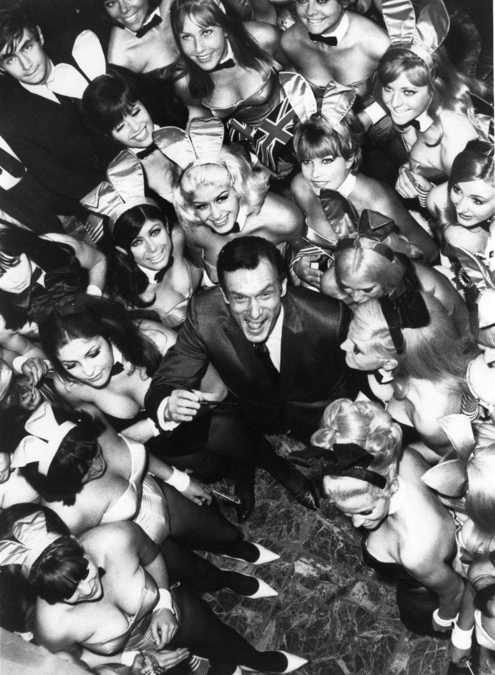 Hugh Hefner en imágenes: La vida y 'las conejitas' de Hugh Hefner en imágenes