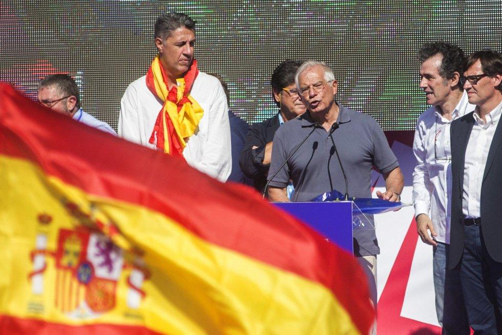 Concurrida manifestación en Cataluña por la unidad de España.
