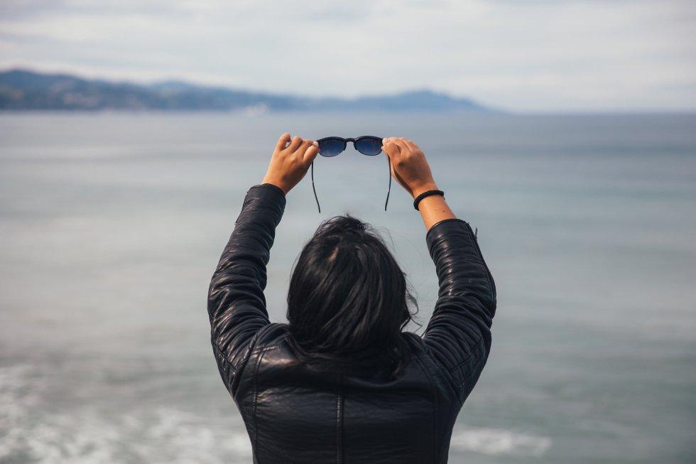 Al viajar, necesitamos unas gafas bien guerreras, con lentes resistentes que aguanten todo tipo de condiciones para que todo quede bien grabado en nuestra cabeza (las fotos más importantes de todas).