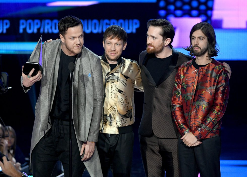 Mejor dúo o grupo de pop-rock: Imagine Dragons. Aspiraban al premio The Chainsmokers y Coldplay.
