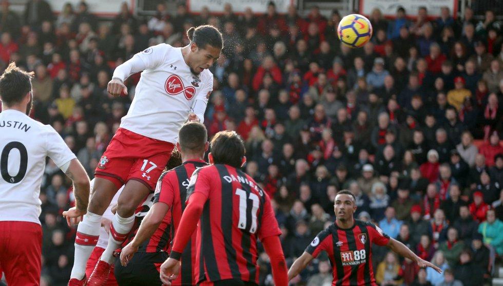 1. Virgil van Dijk -del Southampton al Liverpool- (85 millones de Euros)
