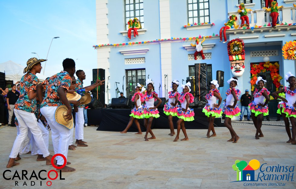 CARNAVAL 2018: [Fotos] Izada de bandera en el Carnaval de Barranquilla