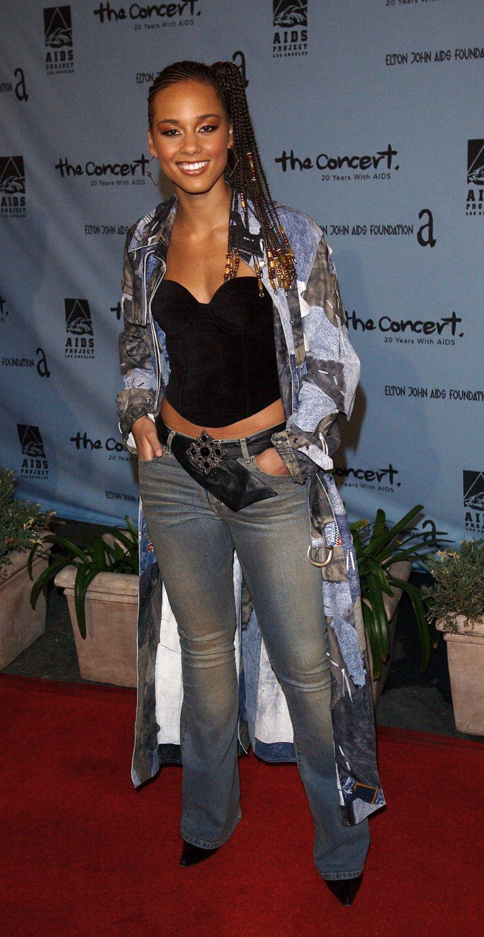 Es cantante, actriz y compositora estadounidense de R&B y soul