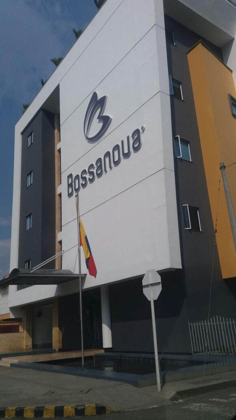 En cali otro de los lugares es el motel Bossanoua