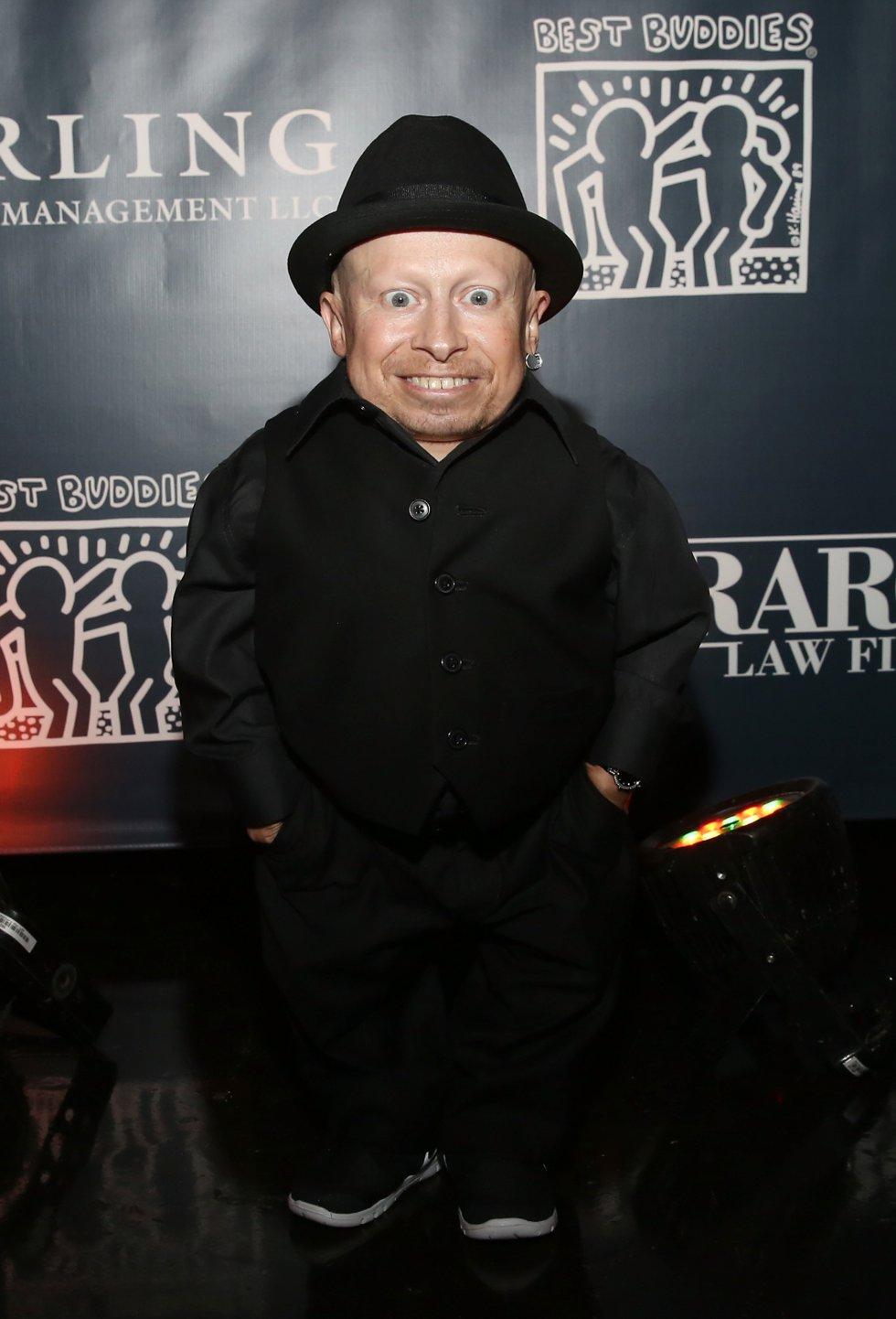 Verne Troyer interpretó en Harry Potter al duende Griphook.