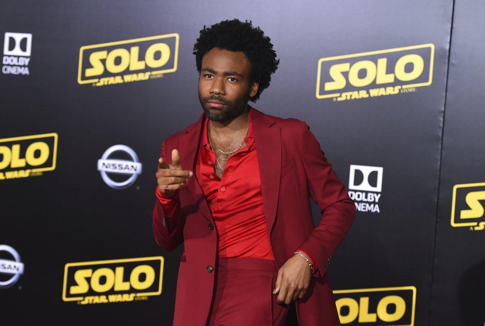 Star Wars: Chewbacca desfiló por la alfombra roja en la premier de 'Han Solo'