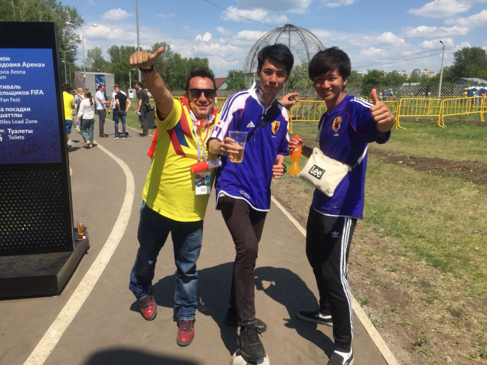 Japoneses y Colombianos