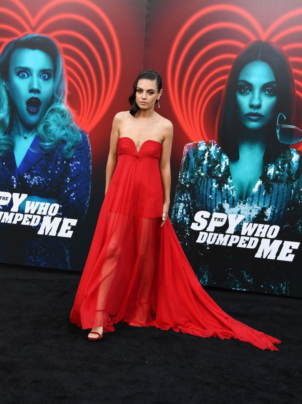 Mila Kunis en la alfombra roja de su última película