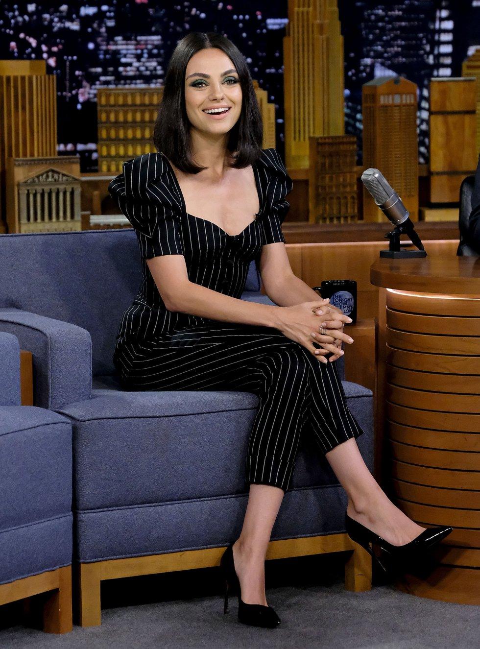 Mila Kunis en el show de Jimmy Fallon