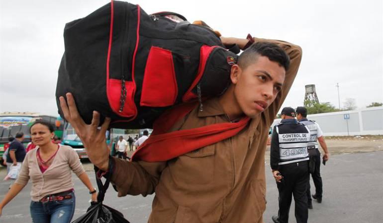 Desalojaron y demolieron el Refugio de migrantes venezolanos de Tunja - Caracol Radio