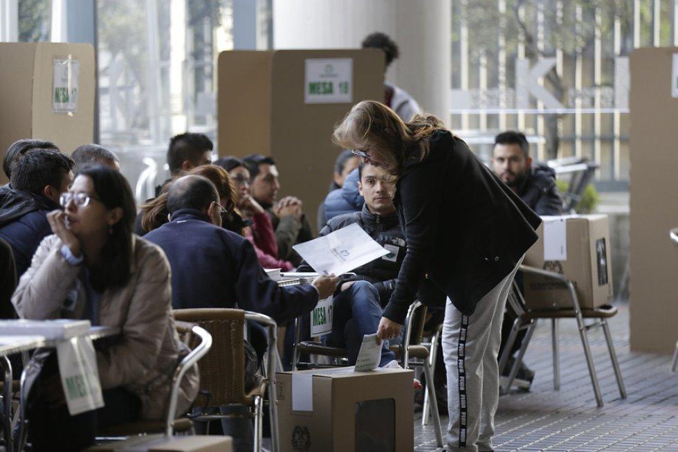 En total, 36.421.026 ciudadanos, 18.819.136 mujeres y 17.601.890 hombres, están habilitados para votar en Colombia.