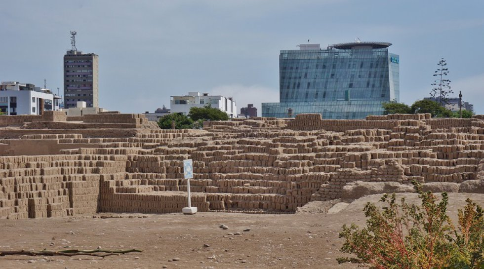 Este sitio arqueológico ubicado en Lima ideal para fotografiar un lado diferente de Perú lleno de cultura y leyendas.