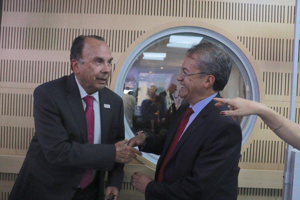 #Caracol70años: La Luciérnaga se une a #Caracol70años