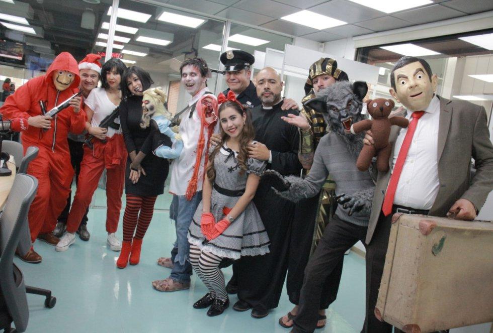 Halloween de La Luciérnaga.: Tokio, Policía y Zombies ¡Todo en el Halloween de La Luciérnaga!