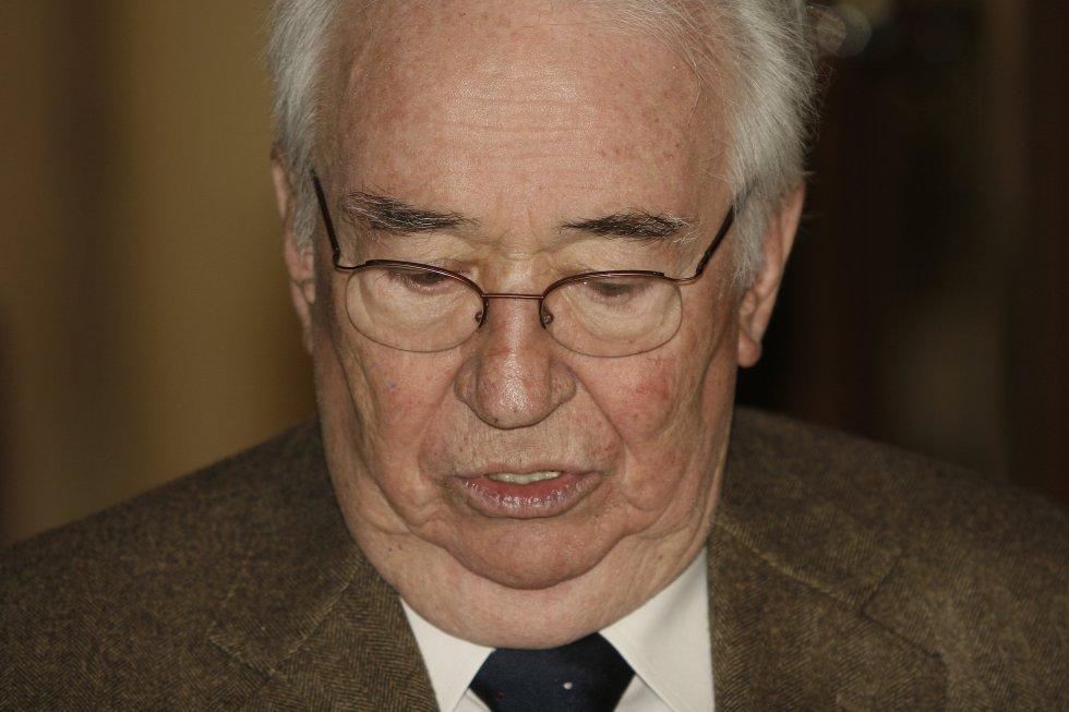 El ex presidente Belisario Betancur Cuartas recibió el premio a Colombiano Ejemplar.