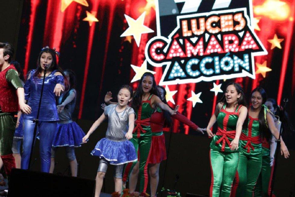 Clara Luna y compañías teatrales y musicales se subieron a la tarima en Corferias. El talento de toda la región es un solo escenario.