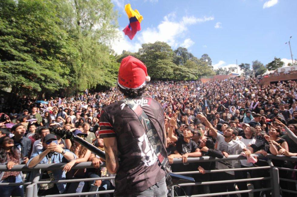 El concierto contó con la participación de varios artistas locales que se pusieron cita en la Media Torta de Bogotá.