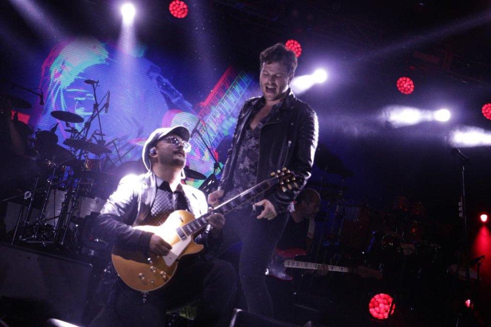 Los dos artistas cantaron sus mejores éxitos, y aprovecharon para destacar lo mejor del departamento.