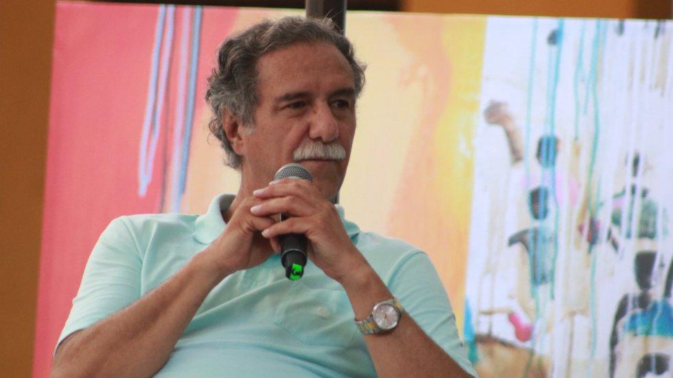 Víctor Gaviria es unos de los personajes homenajeados durante el Ficci 59 junto con el director Ethan Coen y el actor Michael Shanon