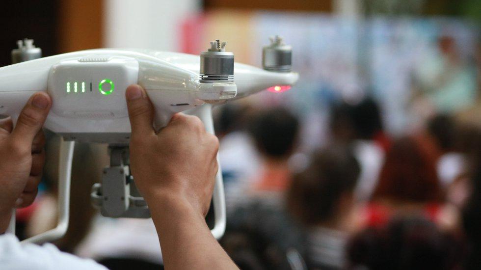 Los foros, talleres y conversatorios son grabados y registrados hasta con drones en el Ficci 59