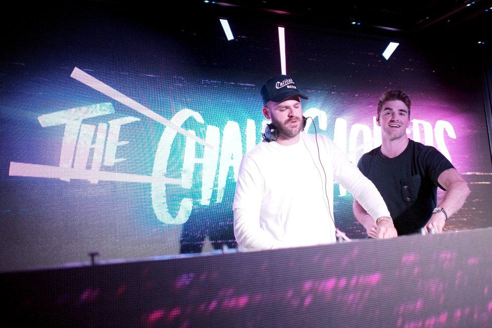 2. The Chainsmokers $45.5 Millones de dólares