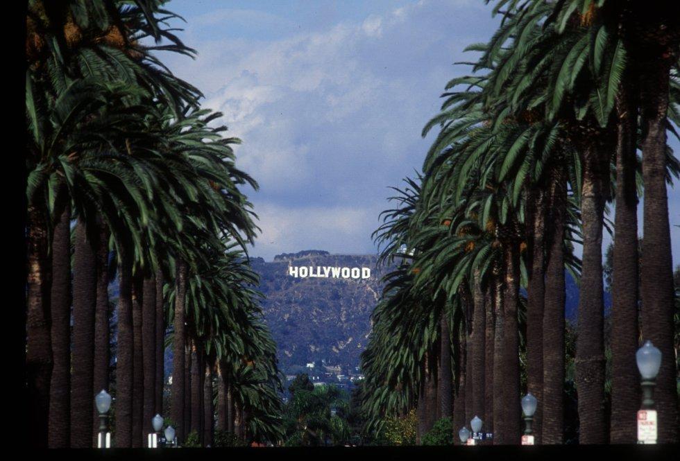 Fue realizada a 2800 trabajadores que pertenecen al mundo del cine.